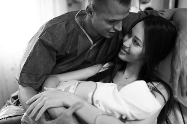 Анастасия Костенко подарила Дмитрию Тарасову дочь