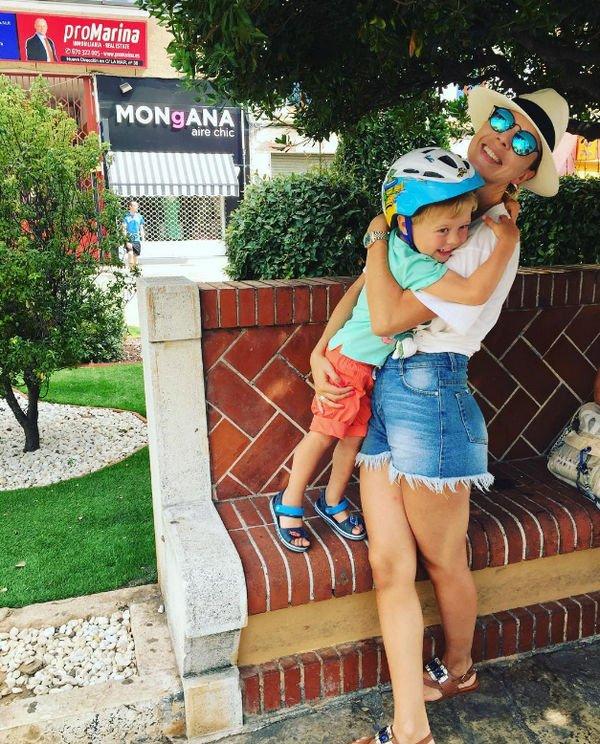 Наталья Подольская в необычном купальнике показала фото с отдыха