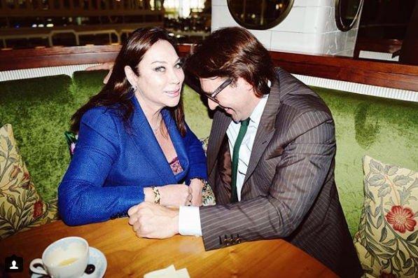 Андрей Малахов забыл о супруге, засмотревшись на грудь 60-летней женщины