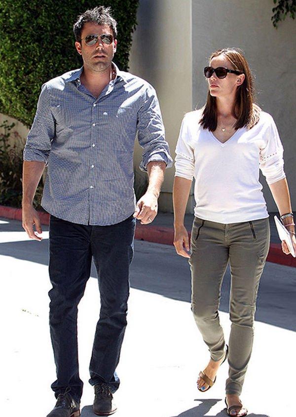 Дженнифер Гарнер призналась, что в браке с Беном Аффлеком не смогла привыкнуть к преследованиям папарацци
