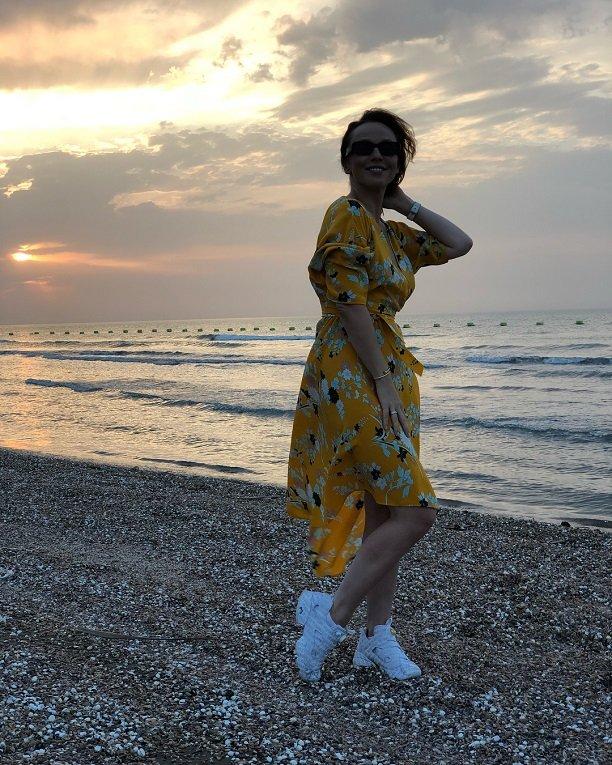 Альбина Джанабаева не может избавиться от последствий беременности