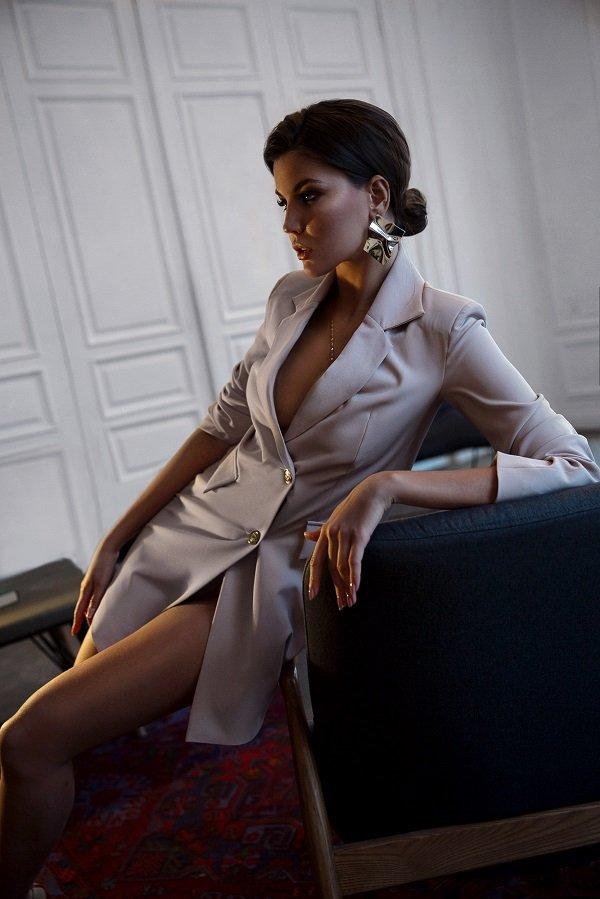 Анастасия Полхова рассказала, как быть стильным и следовать трендам одновременно
