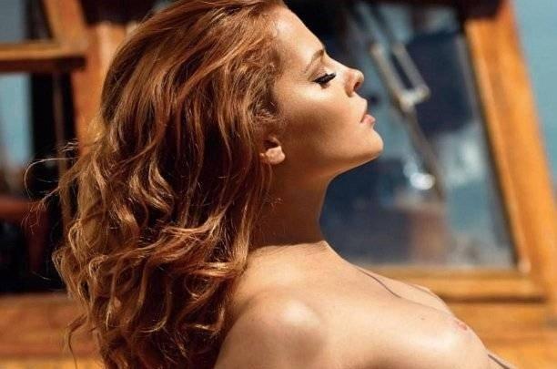 Рыжеволосая бестия Валерия Лахина разделась на море для Playboy