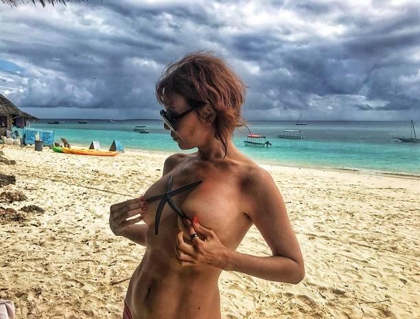 Наталья Штурм опубликовала фотографии обнаженных российских певиц и актрис