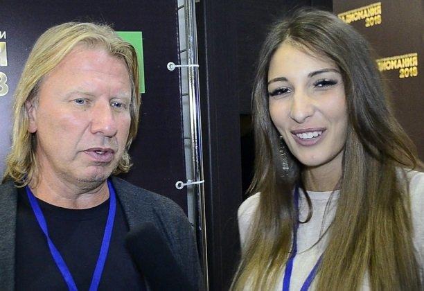 Виктор Дробыш признался Яне Захаровой в симпатии к  Ольге Бузовой