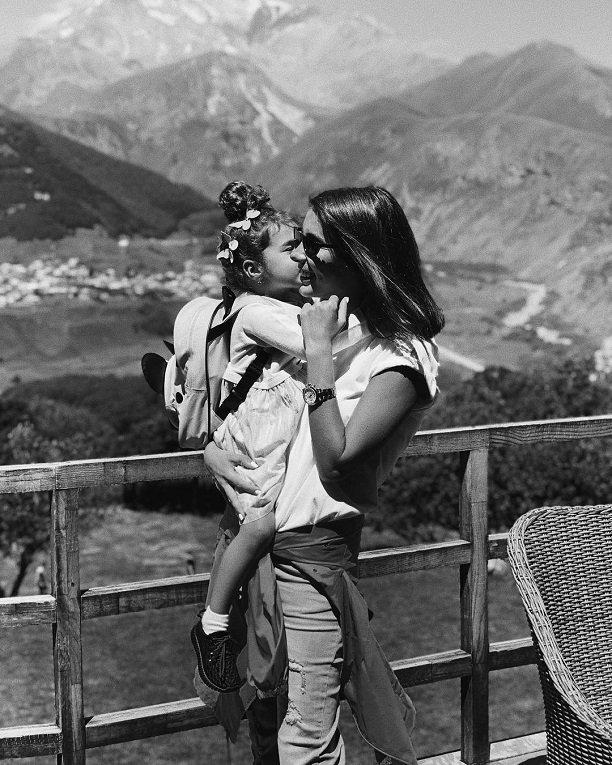 Кэти Топурия поразила снимком повзрослевшей дочки Оливии