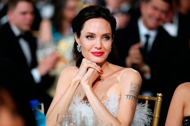 Анджелина Джоли изменилась до неузнаваемости