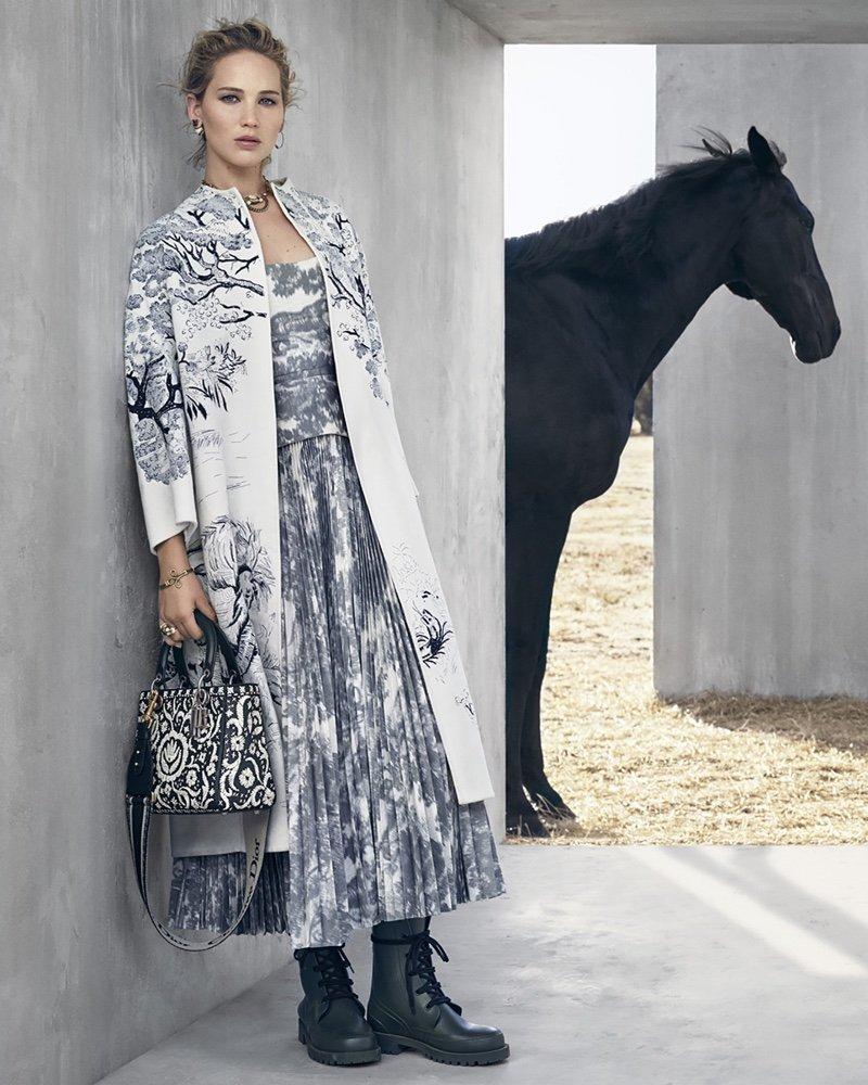 Дженнифер Лоуренс снялась в невероятной мексиканской фотосессии для Dior