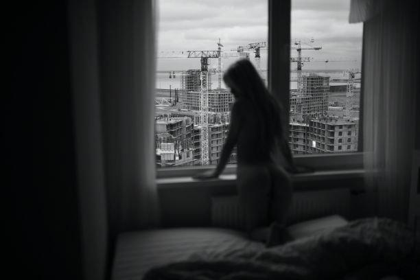 20-летняя Александра Смелова смело разделась перед Маратом Сафиным
