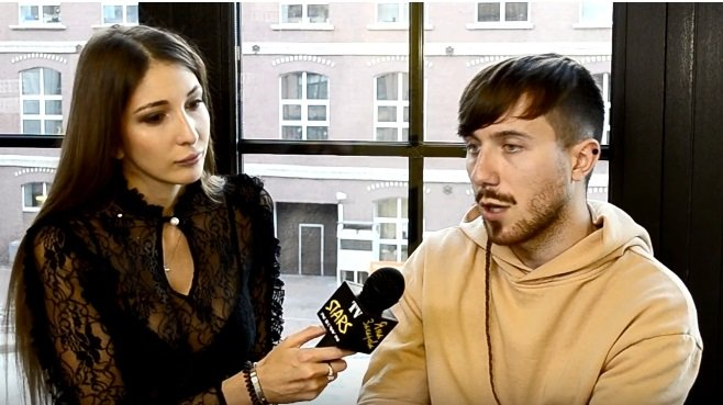 Яна Захарова запустила собственное шоу