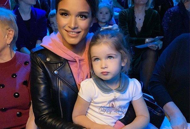 Ксения Бородина не хочет выходить из комнаты из-за капризов дочери