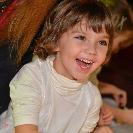Филипп Киркоров обновил блог свежими кадрами со дня рождения дочки