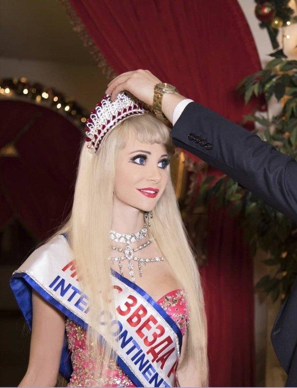 Русскую Барби Таню Тузову признали первой красавицей