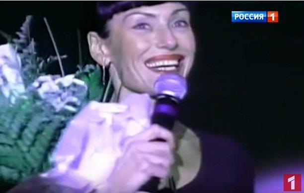 Ирина Понаровская поразила неотразимым внешним видом