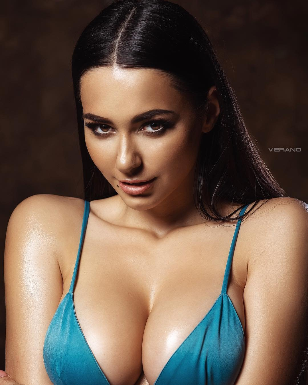 Ariel Winter Ass -,Rebecca Quin Adult tube Danielle lloyd sexy pics 2,Marion peru nude