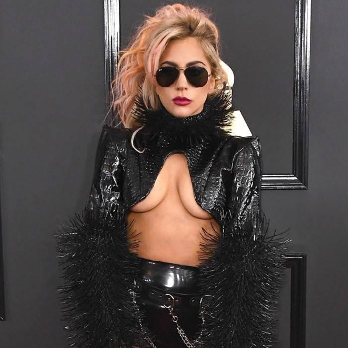 Леди Гага передумала выходить замуж