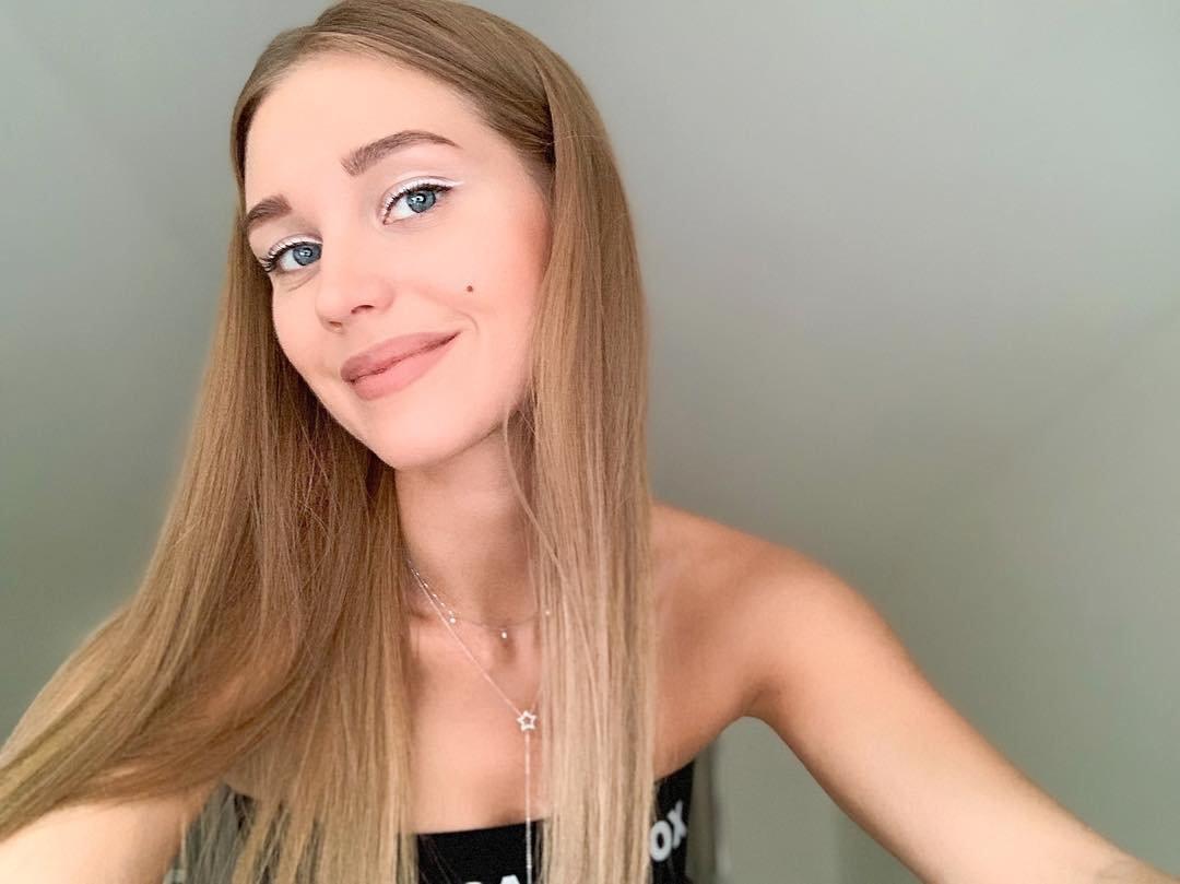 Кристина Асмус обновила блог снимками с подросшей дочкой