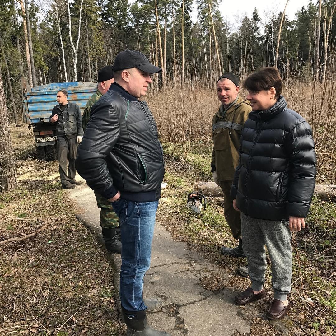 Валентин Юдашкин появился на субботнике после слухов об онкологии
