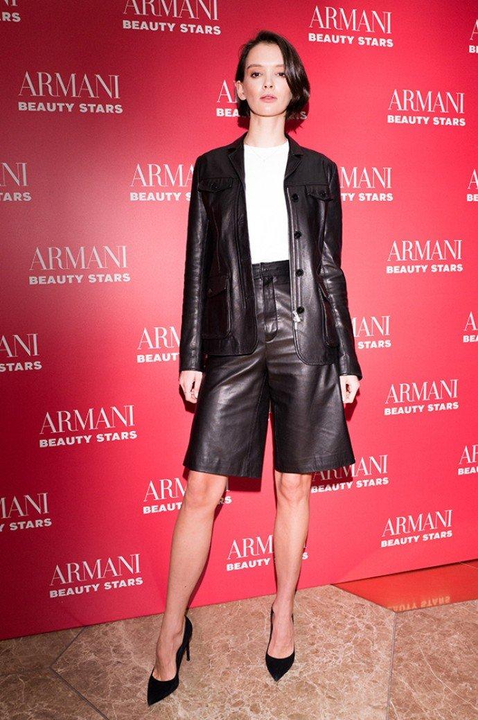Паулина Андреева поразила внешним видом на вечеринке Armani Beauty Stars