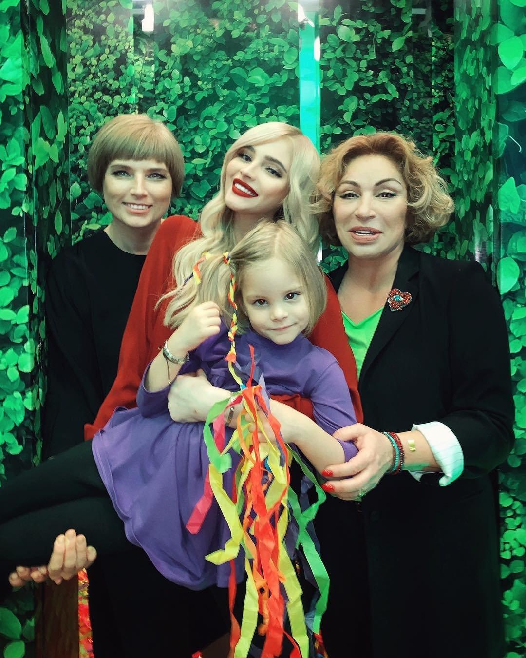 26-летняя Алена Шишкова изменила внешность