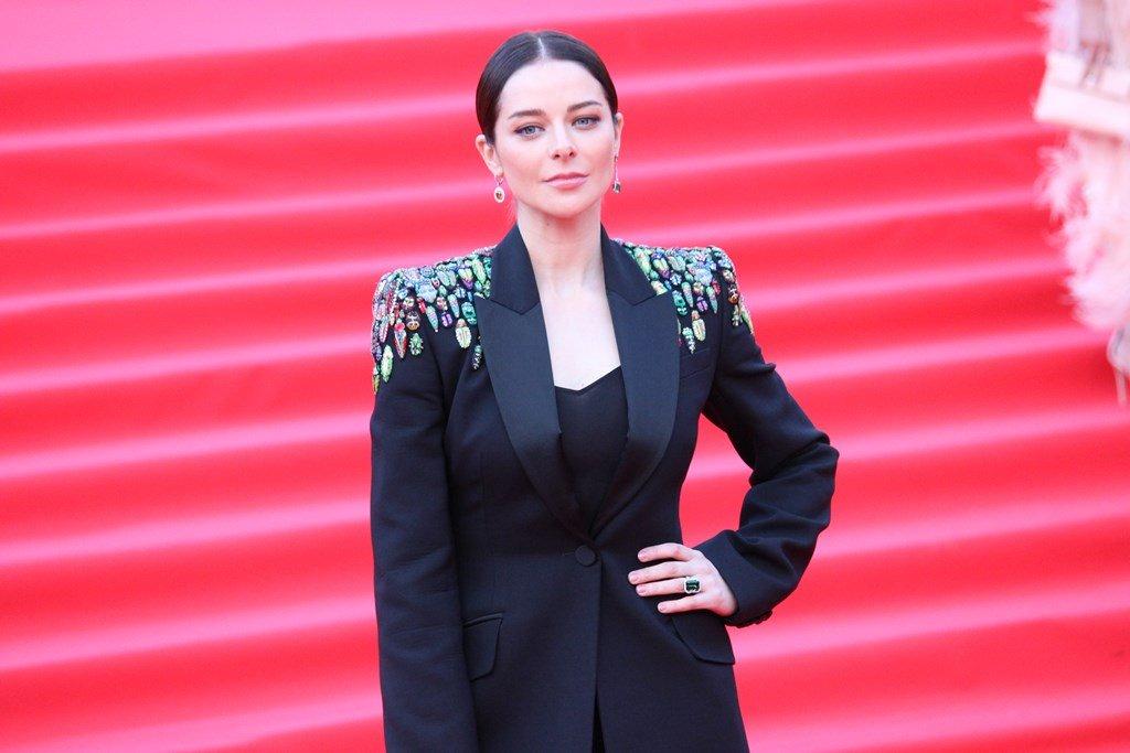 Марина Александрова в брючном костюме на открытии «ММКФ-2019»