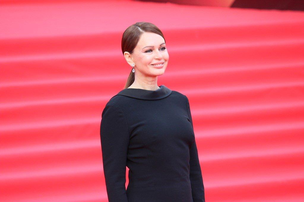 Ирина Безрукова в самом лаконичном платье на «ММКФ-2019»