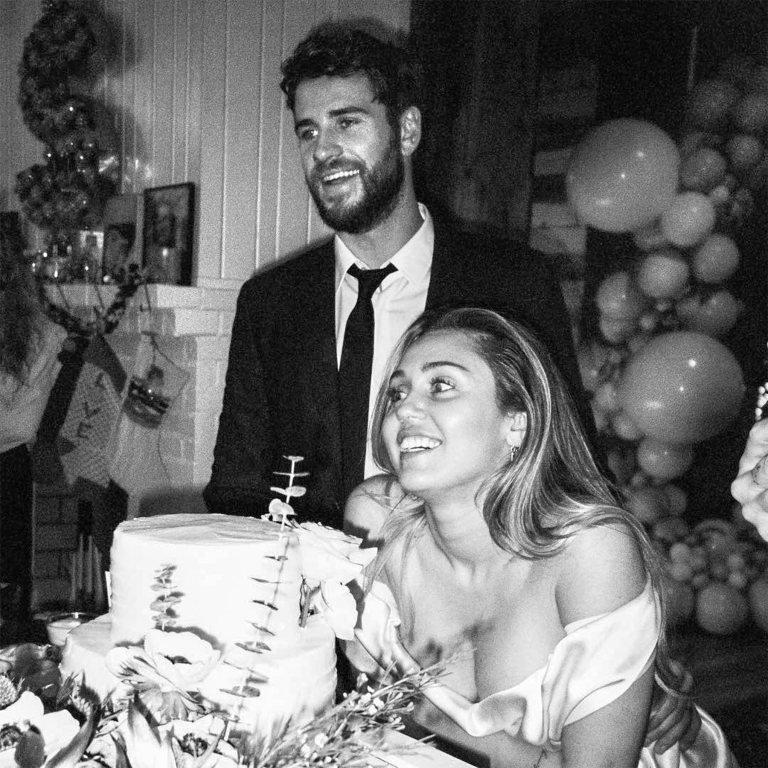 Не прошло и года: Майли Сайрус и Лиам Хемсворт разводятся