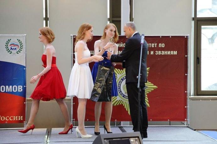 Центр Ручная Пластика Юрия Андреевича Волынкина отмечает юбилей