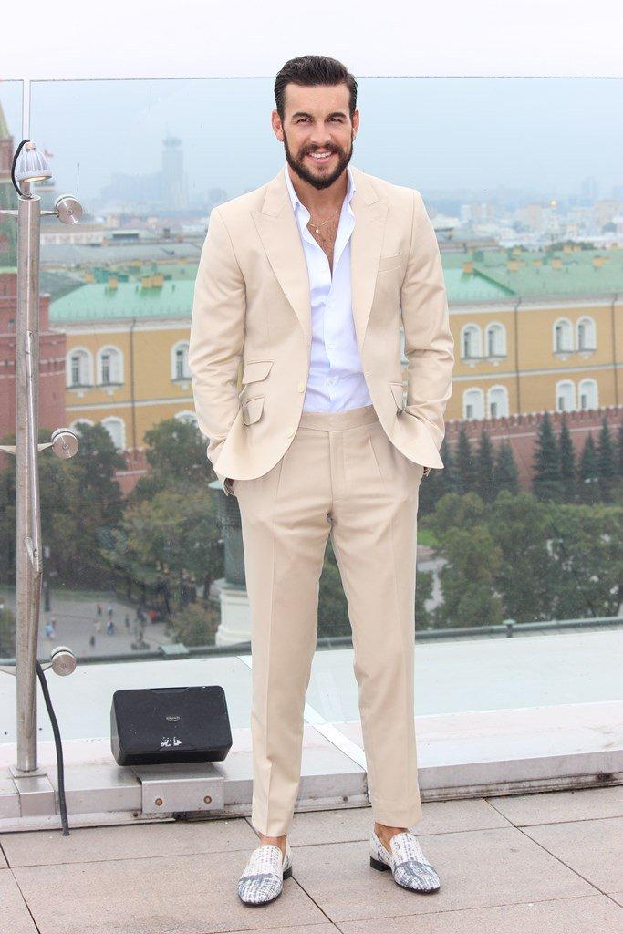 Марио Касас представил в Москве необычный сериал, где сыграл главную роль