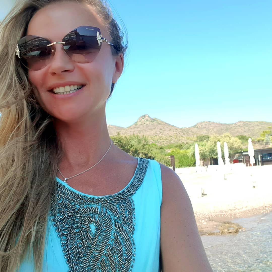 46-летняя Мария Миронова беременна от 27-летнего мужа