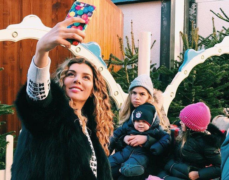 Анна Седокова поделилась первой фотографией с Янисом Тиммом