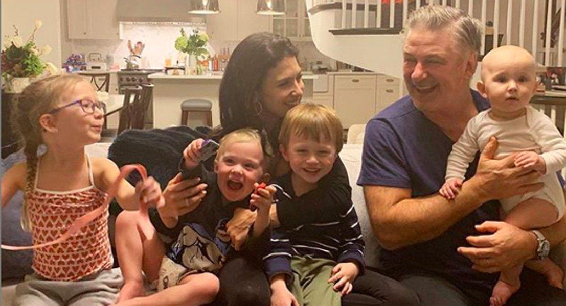 Супруга Алека Болдуина вновь потеряла ребенка
