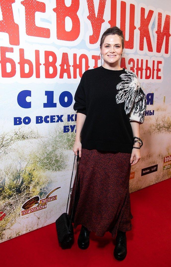 Журналист Ella Original отправилась со звёздами на просмотр комедии «Девушки бывают разные»