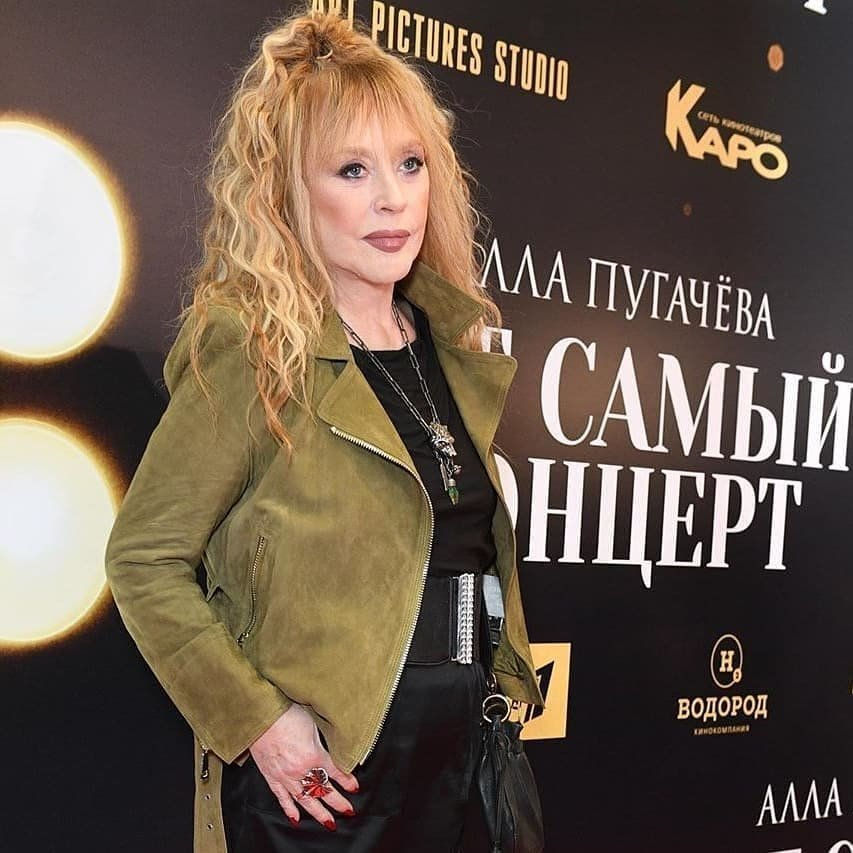 Алла Пугачёва очаровала внешним видом на премьере фильма со своим участием