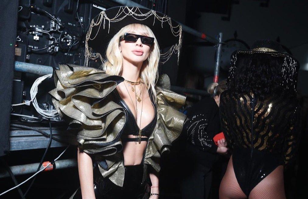 Светлана Лобода отчитала Лолиту Милявскую за голое платье