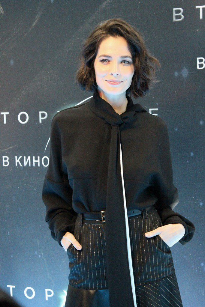 Звезды фильма «Вторжение» и знаменитые гости появились на премьере в Москве