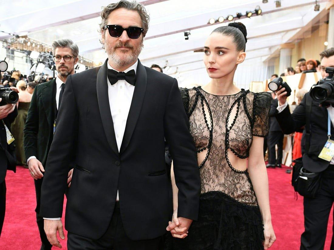 «Оскар-2020»: Хоакин Феникс и Руни Мара на красной дорожке