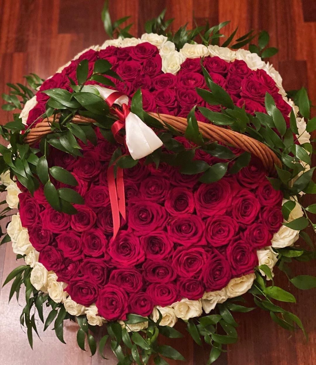 Виктория Боня похвасталась подарком на 14 февраля от возлюбленного