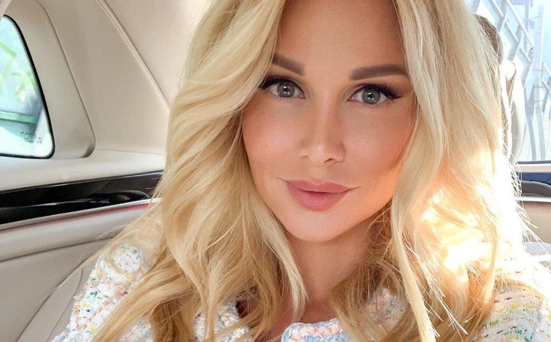 Виктория Лопырёва приняла участие в стильной фотосессии в Дубаи