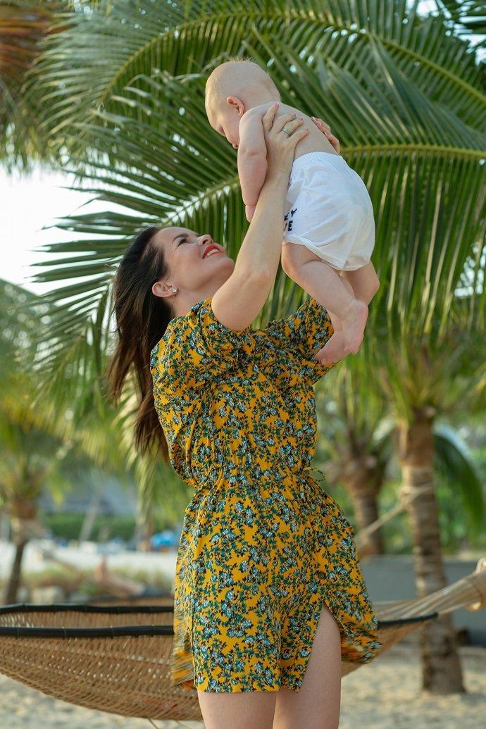 Елена Князева рассказала, как пытается защитить себя и своего ребенка от коронавируса