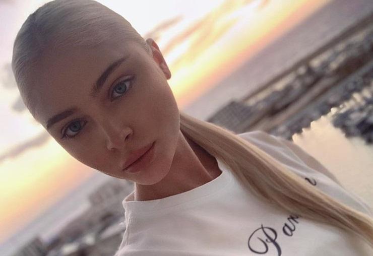 Алёна Шишкова показала свой естественный цвет волос