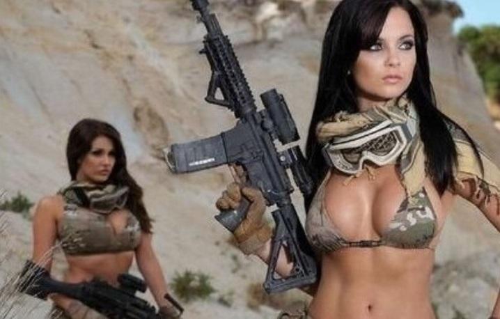Они покруче Ларф Крофт. Реальные девушки с оружием