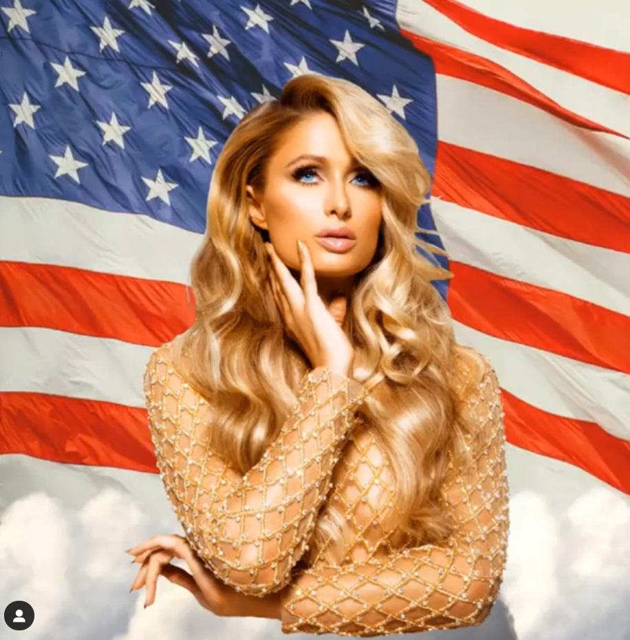 Пэрис Хилтон опубликовала фотосессию топлесс на фоне флага США