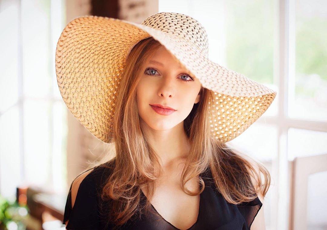 Роман Лизы Арзамасовой и Ильи Авербуха начался ещё 8 лет назад, когда ей было всего 17