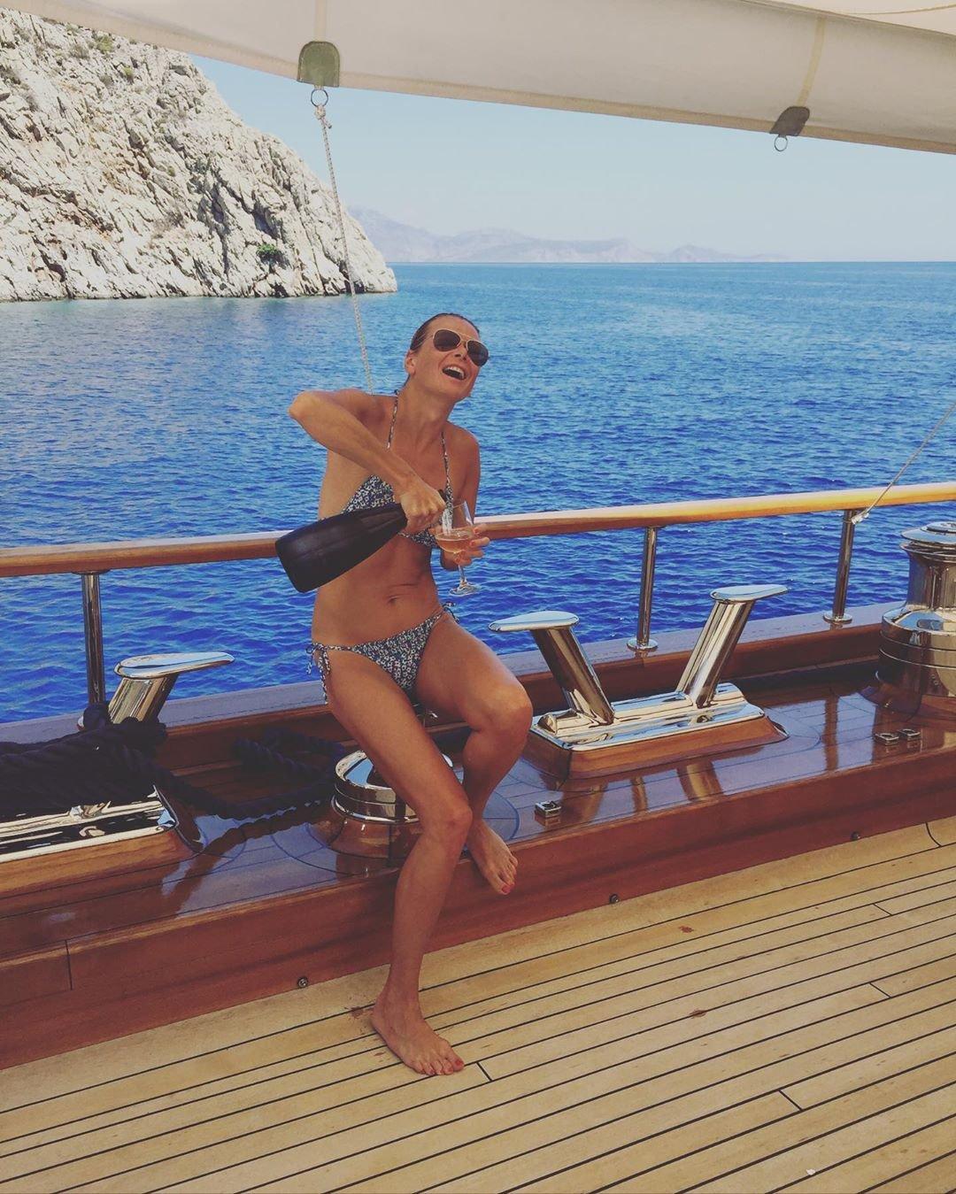 Юлия Высоцкая призналась, что в её жизни не всё так сладко