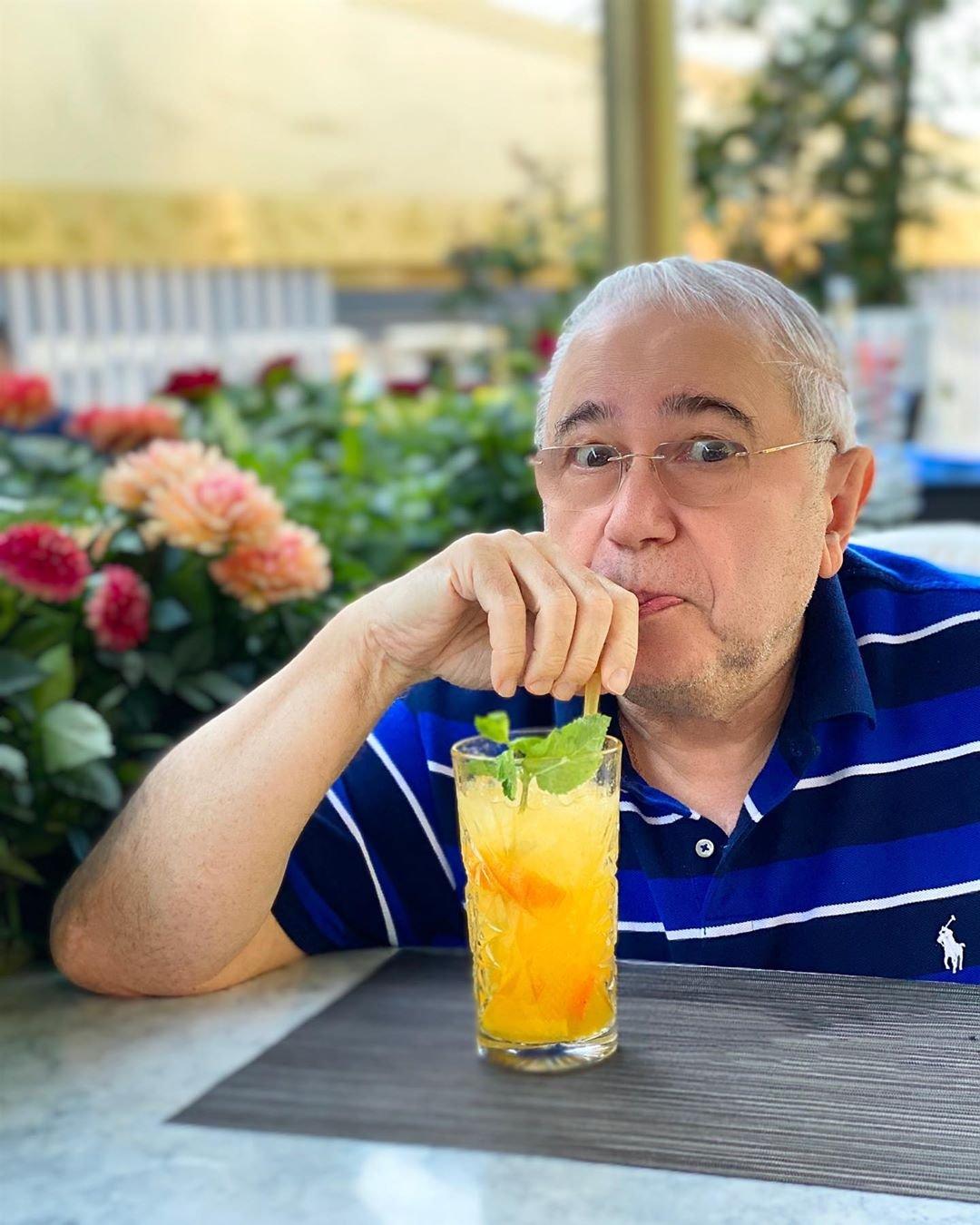 Сходив на растяжку, Евгений Петросян пригласил Татьяну Брухунову в ресторан