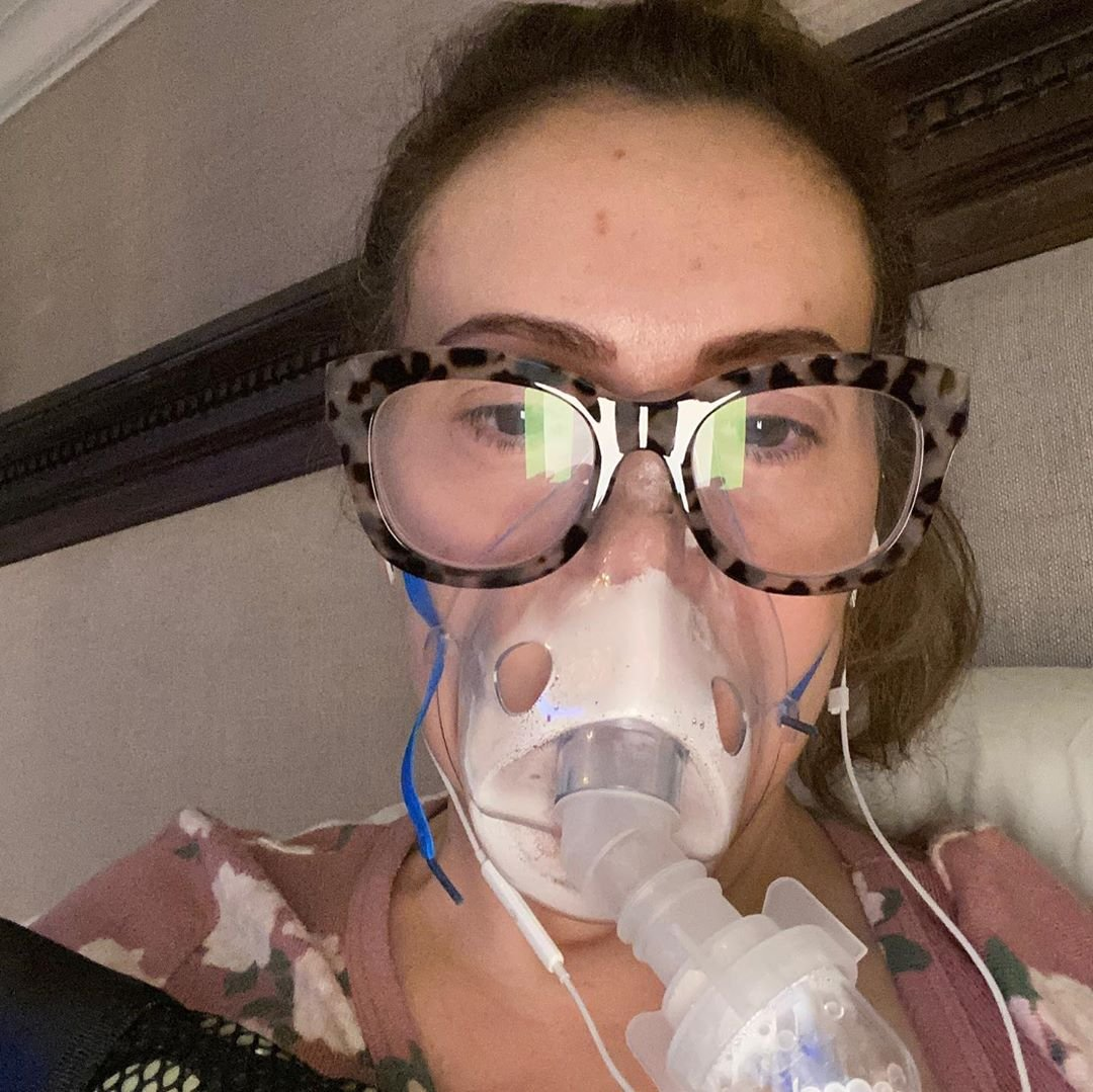 Алиса Милано переболела коронавирусом