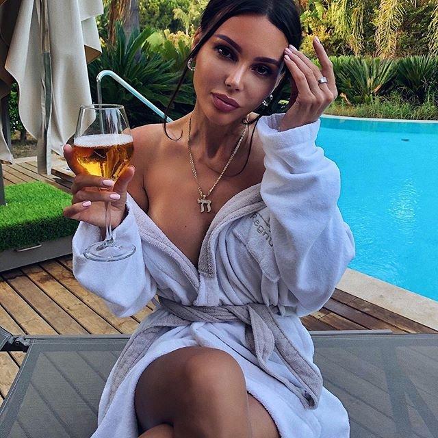 Оксана Самойлова пожаловалась на отдых с детьми