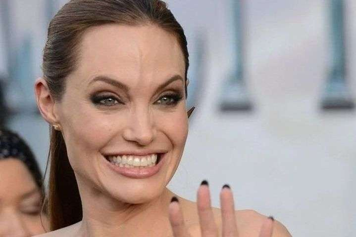 Анджелина Джоли решила не конфликтовать с Брэдом Питтом