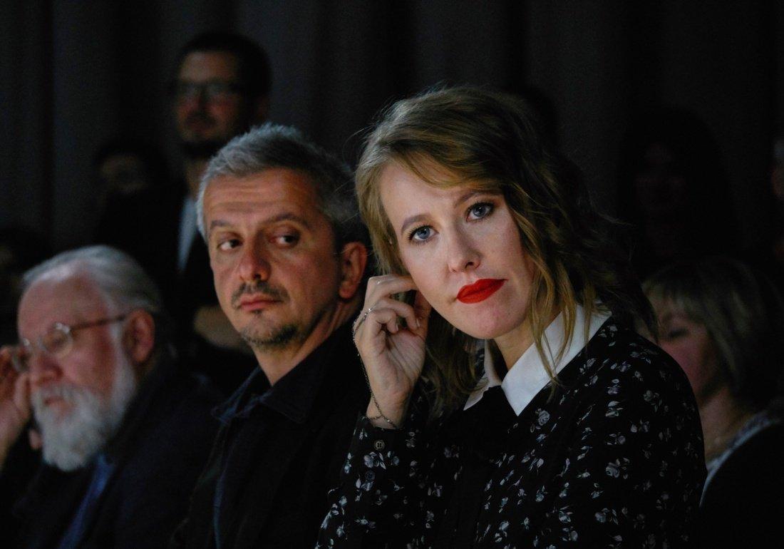 Ксения Собчак зарабатывает в 10 раз больше мужа